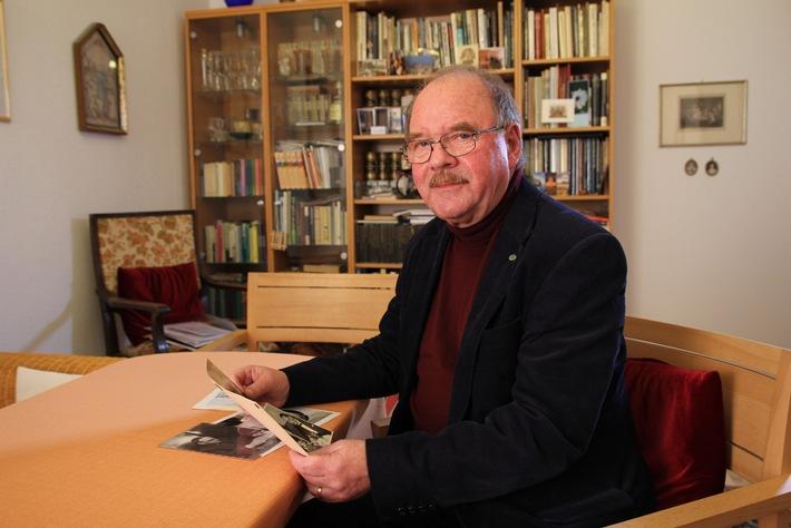"""""""Im Schatten der Stasi"""" / Zum 25. Jahrestag des Sturms auf die Stasi-Zentrale beleuchtet ZDFinfo Schicksale von Kindern und Jugendlichen in der DDR"""
