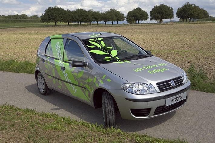 Gasverbund Mittelland AG: Fahren mit Erdgas an der Auto Basel vom 14.-17. September 2006