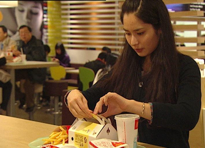"""Burger-Weltreise bei kabel eins: """"Abenteuer Leben"""" auf den Spuren des Fast Food-Giganten McDonald's - am 19. Juni 2012 um 22.20 Uhr (BILD)"""
