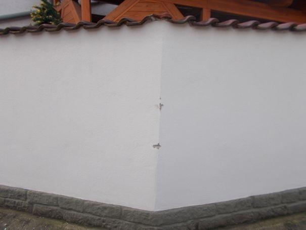 beschädigte Mauer