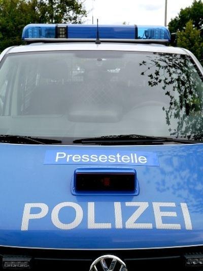 POL-REK: Auto lag in der Erft - Bergheim
