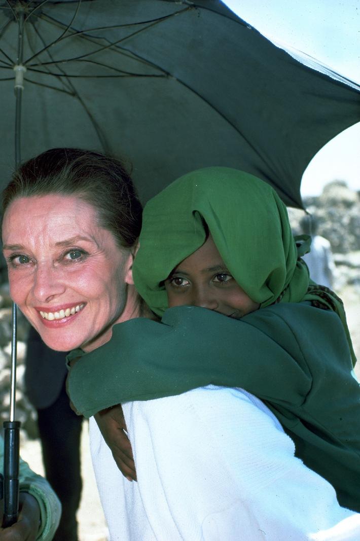 Zum 80. Geburtstag von UNICEF-Botschafterin Audrey Hepburn (mit Bild) / timeless audrey...