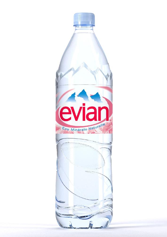 Weniger Plastik und eine deutlich bessere CO2-Bilanz: Evian lanciert die neue 1,5L eco-design PET Flasche