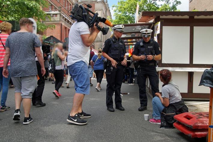 POL-KI: 170618.2 Kiel: Fernsehteam begleitet Polizisten auf der Kieler Woche