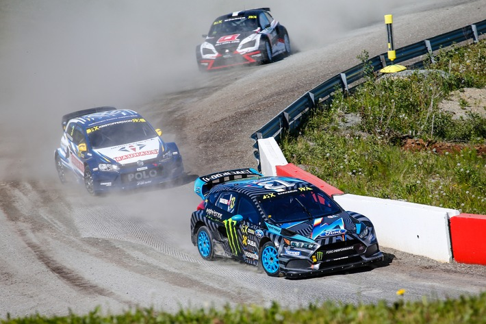 Andreas Bakkerud schreibt im Ford Focus RS RX RallyCross-Geschichte