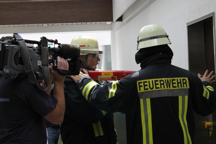 FW-WRN: Einweisung in das Löschsystem VLF Cobra verursacht Medieninteresse
