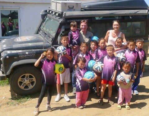 Am Ziel: Für die Stiftung Mittagskinder bis in die Mongolei