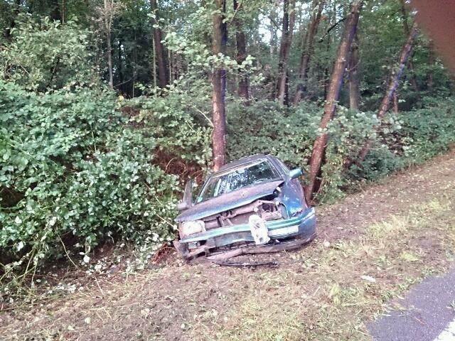 Der Golf III hatte nach dem Unfall nur noch Schrottwert.
