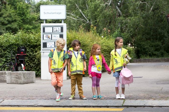 Zum Schutz der Kinder: Nicht nur verlangsamen, sondern ganz anhalten