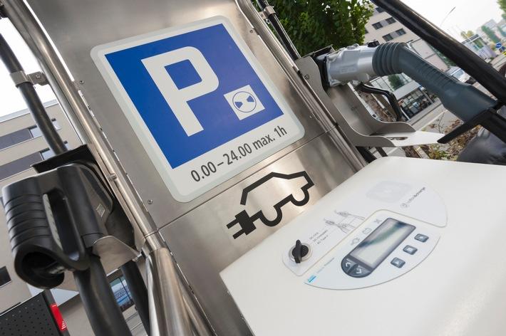 La branche automobile croit aux voitures électriques alors que les particuliers se montrent encore réticents