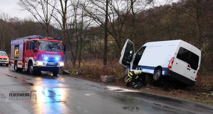 FW-MK: Ungewöhnlicher Verkehrsunfall