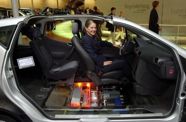 Mercedes-Benz entwickelt neuartiges Sicherheitskonzept für vorausschauenden Insassenschutz