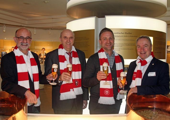 Seit 20 Jahren starke Partner: Krombacher Brauerei und Sportfreunde Siegen verlängern Zusammenarbeit