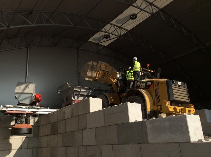Europas modernste Anlage zur Rückgewinnung von Rohstoffen aus Müllverbrennungsschlacke in Wiesbaden eröffnet