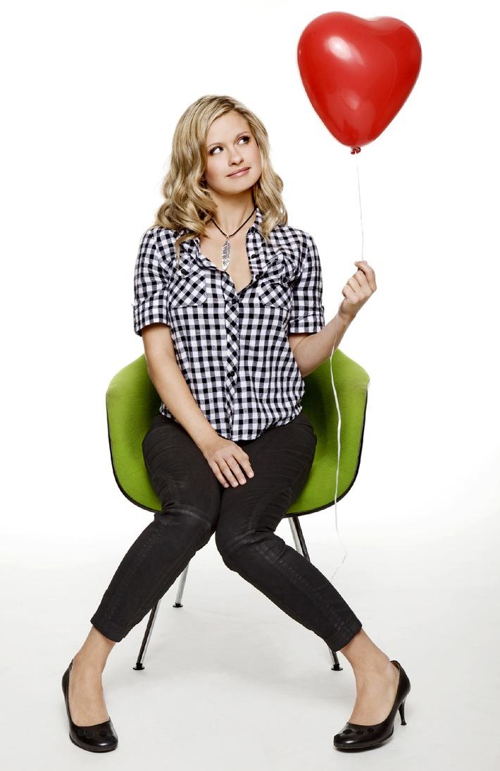 """Süß, sexy, liebenswert: ab 3. März 2010 ist Josephine Schmidt der Star bei """"Anna und die Liebe"""""""