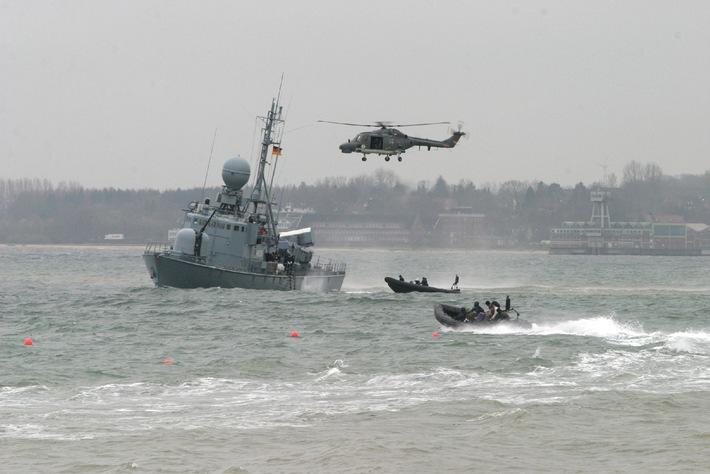Deutsche Marine - Pressemeldung: NATO-Länder gründen Marine-Kompetenzzentrum in Kiel