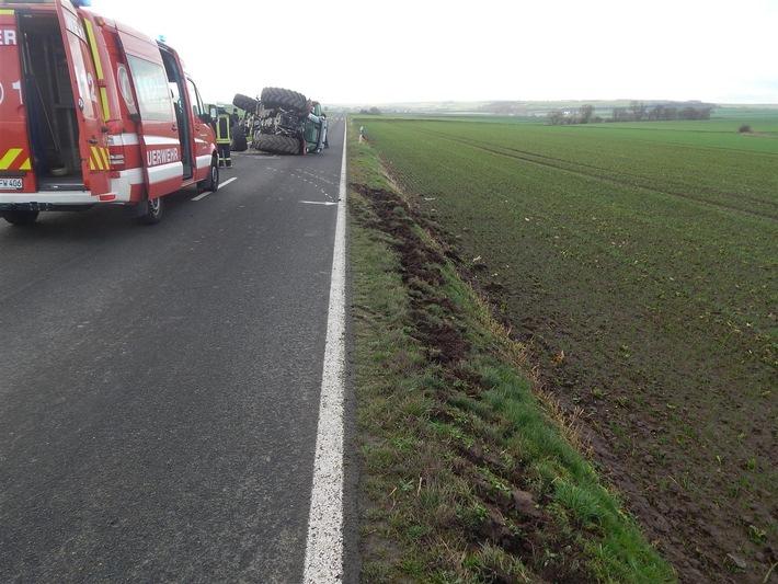 POL-PDMY: Überschlag mit Traktor K 34, Gemarkung 56294 Gappenach,  Dienstag, 29.12.2015, 14:10