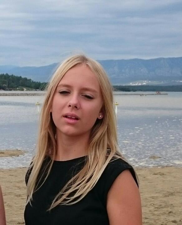 POL-FD: Fahndung nach vermisstem Mädchen - Wer hat Melina Schneider gesehen? / Bild bei news aktuell / Medienmeldung von Mittwoch, den 30. Dezember 2015