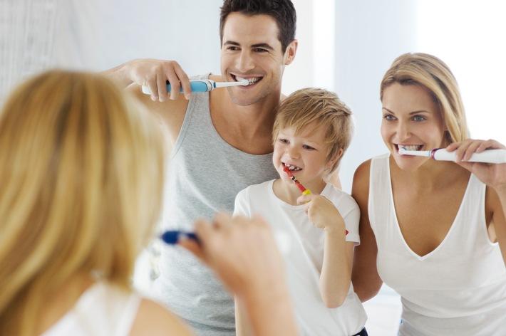 Tag der Zahnfee: Richtige Zahnpflege von Anfang an