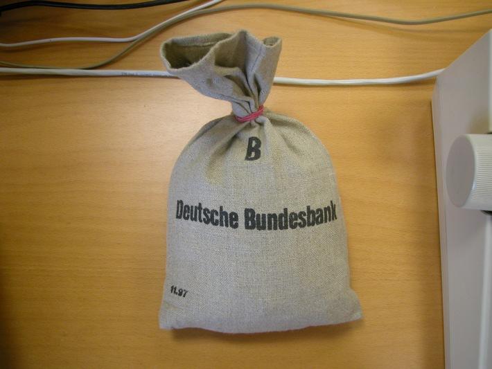 "POL-SE: Todesfelde - Ergänzung zur Meldung ""Überfall auf Bank"""
