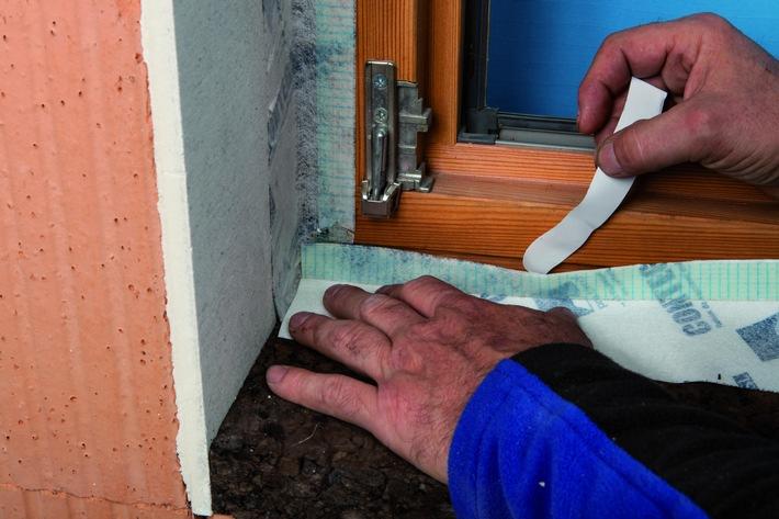Sichere und schnelle Lösungen für den fachgerechten Fenstereinbau / Die Luftdichtungs- und Witterungsschutzsexperten von pro clima sind auf der Fensterbau Frontale - Halle 4A Stand 230