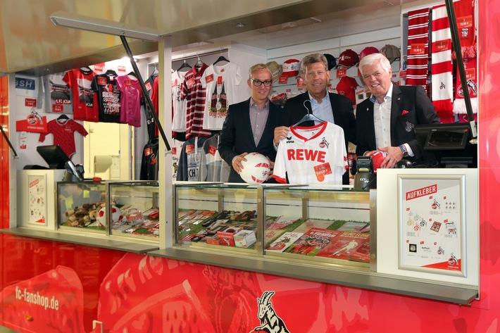 Ford und 1. FC Köln arbeiten zusammen: Partnerschaft bei Übergabe des neuen FC-Fanmobils bekräftigt
