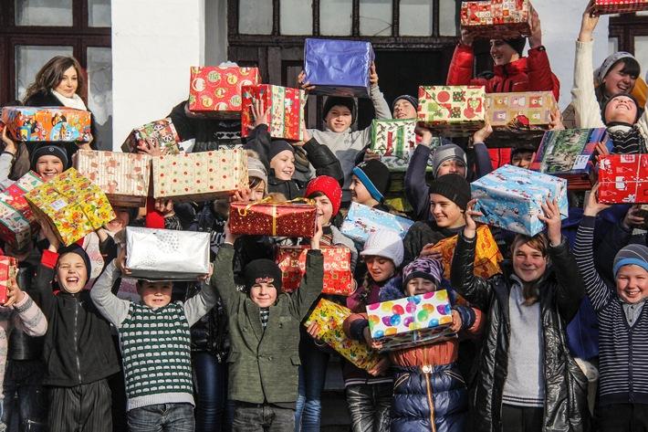 91'102 Weihnachtspäckli für Osteuropa / «Aktion Weihnachtspäckli 2014»: Die Marke von 90'000 erstmalig überschritten, ein starkes Zeichen praktischer Solidarität