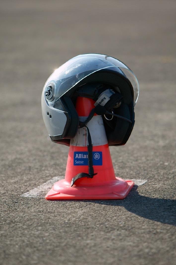 Fit für die Motorradsaison: Allianz Suisse bietet wieder Fahrsicherheitstrainings an