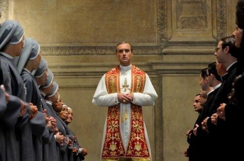 """""""The Young Pope"""": Präsentation des ersten ausführlichen Trailers auf dem Filmfest Venedig"""