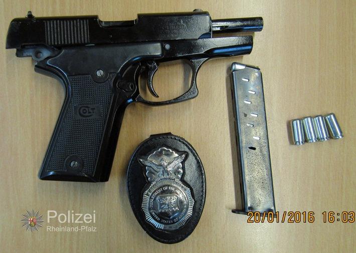 POL-PPWP: Kaiserslautern: Schreckschusswaffe im Auto
