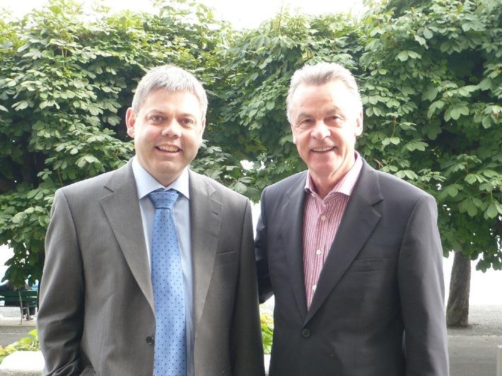 green.ch et Ottmar Hitzfeld concluent un accord de sponsoring