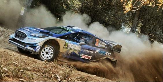 Ford Fiesta WRC-Pilot Ott Tänak fährt auf Sardinien zu seinem ersten WM-Laufsieg