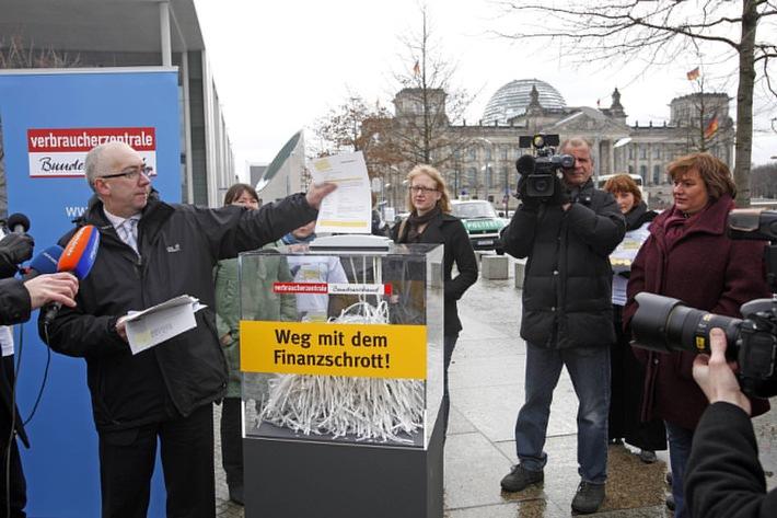 """""""Verbraucherzentrale Bundesverband fordert verbraucherorientierte Reform der Finanzaufsicht"""""""