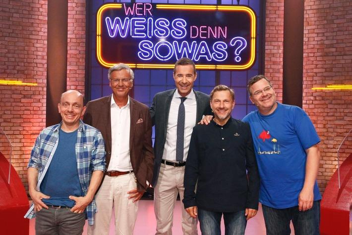 """Das Erste: Politik trifft auf """"Tatort"""" - Wolfgang Bosbach versus Richy Müller """"Wer weiß denn sowas?"""" - Kai Pflaume moderiert das schlaue Wissensspiel mit Bernhard Hoëcker und Elton"""