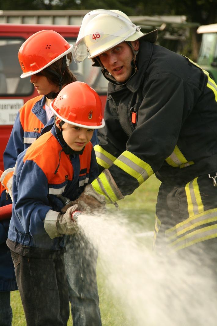 FW-LFVSH: Feuerwehren laden auf der NORLA zum Mitmachen ein