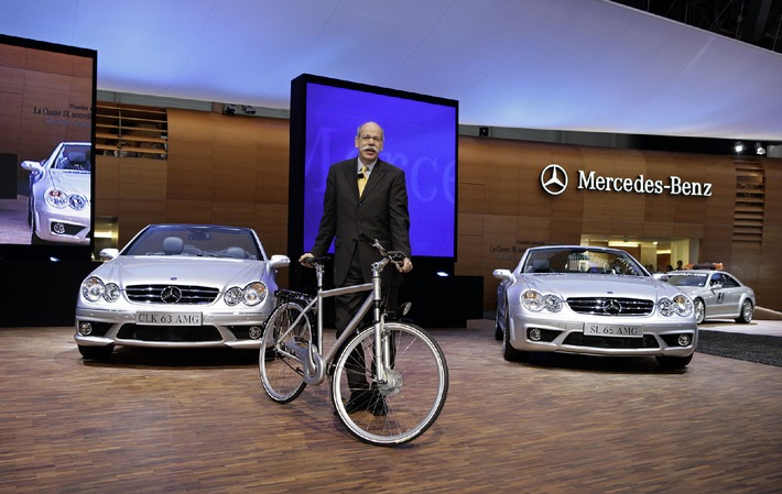 Mercedes-Benz auf dem 76. Internationalen Automobil-Salon 2006 in Genf: High-Performance und vorbildliche Effizienz