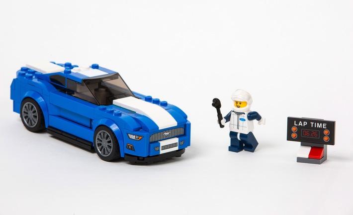 """Traumautos für Groß und Klein: Ford Mustang und F-150 Raptor starten als LEGO """"Speed Champions"""""""