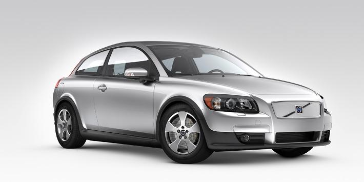 """Volvo C30 """"Efficieny"""" senkt Verbrauch unter 4,5l/100km und CO2-Emissionen unter 120g/km"""