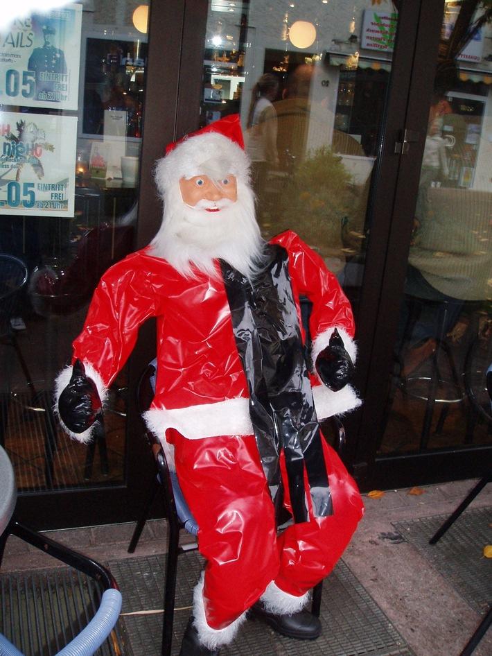 POL-HI: Weihnachtsmann entführt!