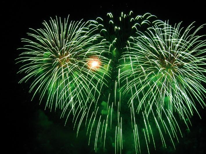 Freude am Feuerwerk - und ohne Feuerwehr