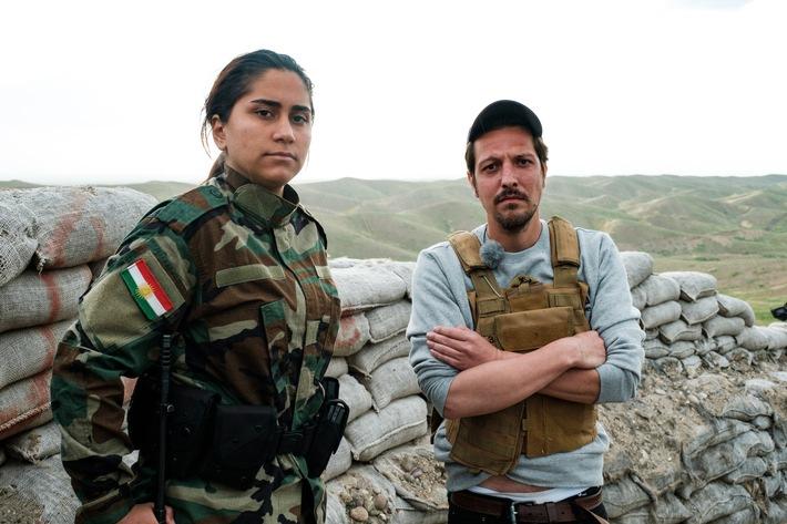 """Kampf um die Freiheit: Thilo Mischke geht für """"Uncovered"""" an die Front zu den Soldatinnen der Peschmerga im Nordirak"""