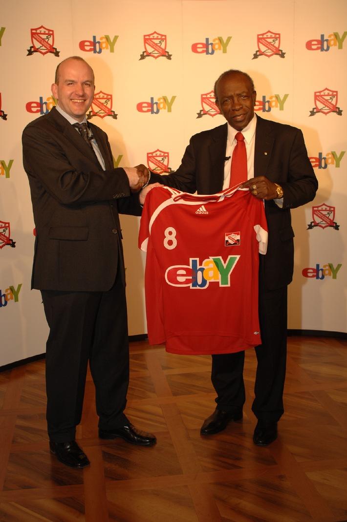 Kunterbunte Partnerschaft: eBay und die Soca Warriors feiern 2006 ein Fussballfest