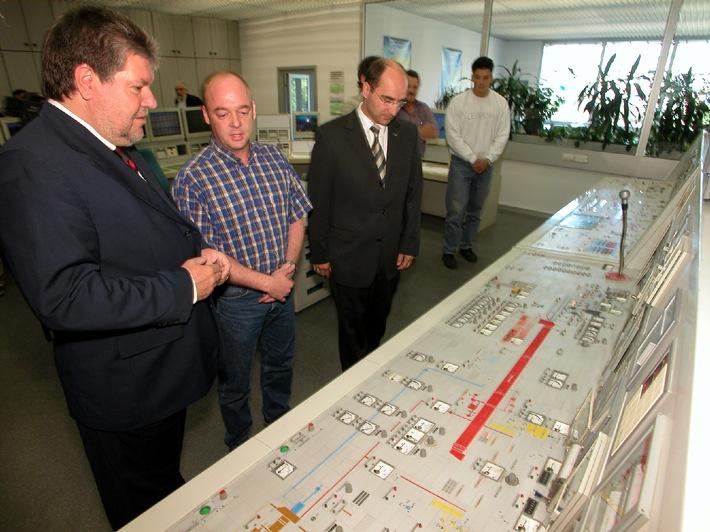 """Lebenslanges Lernen: vom Elektromechaniker zum Ministerpräsidenten / Kurt Beck: """"Lebenslanges Lernen ist die beste Lebensversicherung!"""""""