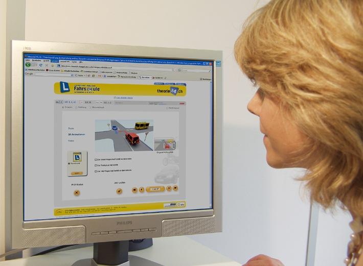 Studiare per l'esame di guida tramite internet