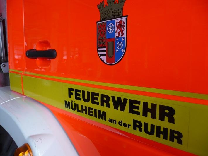 FW-MH: Kaiserstra�e: Verkehrsunfall mit drei leichtverletzten Personen
