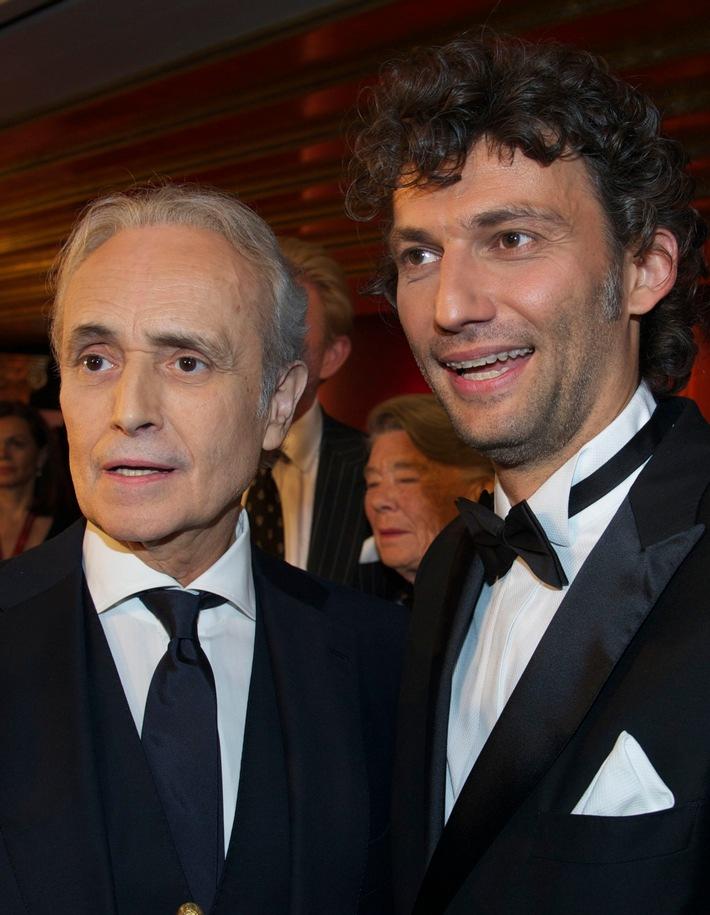 Jonas Kaufmann wird neuer Botschafter für die José Carreras Leukämie-Stiftung und tritt bei der großen Benefiz-Gala am 14.12.17 in München auf