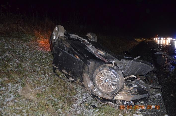 POL-HI: Ein Schwerverletzter bei Unfall auf der BAB 7 1er BMW überschlägt sich mehrfach
