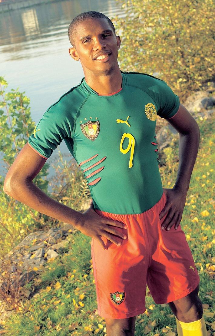 """Die Löwen greifen im """"Einteiler"""" von PUMA an: Premiere für das revolutionäre Fussballtrikot Kameruns bei den Afrikameisterschaften"""