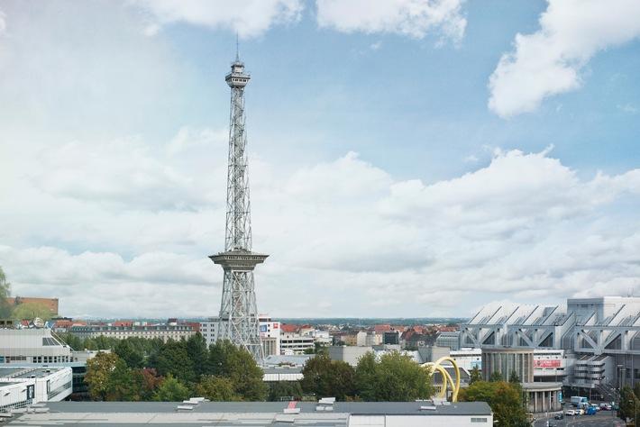 Berliner Funkturm feiert 90. Geburtstag - Mehr als 17,3 Millionen Besucher seit der Eröffnung am 3. September 1926