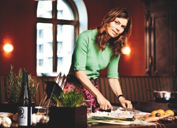Starköchin Sarah Wiener zu Besuch im Globus